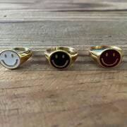 SMILE! Repo de nuestro anillo ⭐️ (tallas 12, 14, 16 y 18; P.V.P.: 34,90€) #ring #jewelry #jewerlydesign #jewerlyaddict #cosasbonitas #smile #anillosmile #multibrandstore